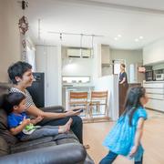 平屋のように暮らしやすく、家族に一体感がうまれる家