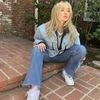 Sabrina Carpenter(サブリナ・カーペンター)、フォーキーな新曲「Skinny Dipping」を公開!!