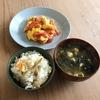 蕃茄炒蛋と炊き込みご飯
