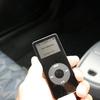 iPod nanoとiPodアダプター