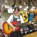 ギター女子必見!! 女性スタッフがオススメするアイテムをご紹介!