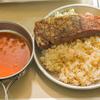 【ソロキャンプ料理】B6君Ti+男前グリルプレートで作るステーキ&ガーリックライスの簡単レシピを紹介