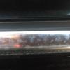 輸入車に多く見られるウィンドウトリムのクロームメッキモールの白濁や劣化