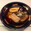 【今週のラーメン1524】 rockin'on presents まんパク 金久右衛門 (東京・立川) 大阪ブラック・太麺