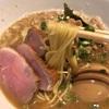 黒基調のお洒落な店内 濃厚スープと絡む細麺 西新宿「俺の空」