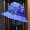 暑い日は涼しいメッシュの帽子が必需品