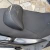 マジェスティ125FI シートの背もたれの破れ補修しました。