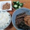 鯖と蒟蒻の煮つけと納豆