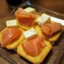 フードライター&栄養士・藤岡智子さん「日本の極み 銀聖鮭スモークサーモン」試食レポート