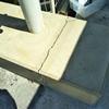 建設現場のコンクリート・クラック、エポキシ樹脂注入補修+美装仕上げ!