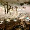 山口県秋吉台国定公園 大鍾乳洞 特別天然記念物「秋芳洞」、広い広〜い空間に驚きでした