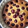 サワーチェリーとヨーグルトの簡単ケーキ。作り方・レシピ。