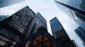 「資本投資」は英語でなんて言う?経済白書「企業の6重苦解消へと道半ば」