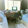 ベッドとデスクとパソコンがあれば満足。