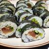 今日は豪華に巻き寿司。
