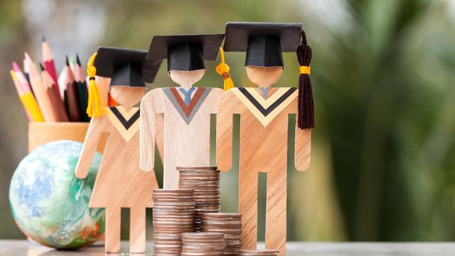 国立大学の学費は4年間でいくら?私立との差や大学生活でかかる各費用を解説
