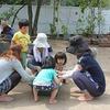 幼稚園のお庭で