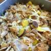 豚肉とサラダ玉ねぎ、サツマイモの生姜焼き