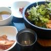 韓国でビビンバを食べる!肉って入っていないのね!