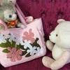 ハワイアンキルトのバッグとピンクのサメちゃんプレゼント♪───O(≧∇≦)O────♪