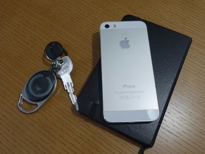 結局iPhoneは裸持ちが最高な理由!