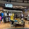 シンプソンズグッズが買える店:東京・お台場・VANS ダイバーシティ東京プラザ店