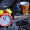 早起きが苦手&目覚ましが使えない方へ、目覚ましなしでスッキリ目覚められる早起き法