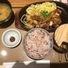 牛カルビ&ホルモン焼定食  890円 at やよい軒_池袋劇場通り店