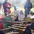 森のお遊び会 10月 育てた麦でパン作り ツリーハウス階段作り