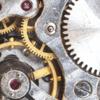 機械式腕時計とクオーツ腕時計の違い