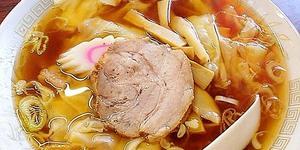 神楽坂駅近くの老舗町中華「五芳斉」のワンタン麺&冷し中華。こういうのがいいんだよ、こういうのが