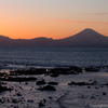 葉山・芝崎海岸から夕焼けと富士山を撮影する