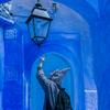 憧れの青い街「モロッコ・シャウエン」のカメラ散歩は民族衣装ジェラバと一緒に