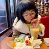 大阪でお友達に会うというサプライズと食べてばかりの私たち。