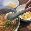 sori yanagi 穴あきトングは麺料理の時に大活躍