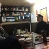 一昨日、12/1、日大芸術学部で講義。講義終了後、江古田の某居酒屋で、例の芸術思想研究会「金曜会」。ビール、ホッピー、日本酒を飲みながら真剣且つ過激な議論を展開。金曜会のメンバー清水正(日芸教授)、漫画家・日野日出志(大阪芸大教授)、下原敏彦(日芸講師)さん等。途中から日芸助手の高橋由依さんも。山下聖美教授は欠席でしたが、話題は日野日出志の傑作漫画『蔵六の奇病』論から源氏物語論、ドストエフスキー、大相撲暴行事件論など多岐にわたり、殴り合いになりそうな激しい議論を展開。 日本漫画の原点は、『蔵六の奇病』にあ