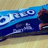 「Cadbury Dairy Milk Oreo Cookie Covered with Chocolate」を食べました