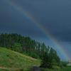 美瑛の街にかかる虹