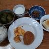 ジャガイモと若芽の味噌汁と南瓜のコロッケ
