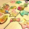 子どもヘアゴム飾りを制作してました。