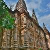 「ワット チェットヨーク(Wat Chet Yot)」~チェンマイの旧市街から離れているが、静かな遺跡型寺院!!
