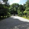 弘文天皇陵と新羅善神堂