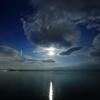 錦江湾のお月さま。