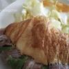 クロワッサンサンド、キャベツ卵とじ