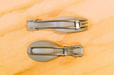 【小さなお弁当箱にぴったり】折り畳めるアウトドアなスプーン&フォークを買いました