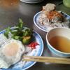 ハノイであっさり朝ごはん ベトナム味の米粉蒸クレープ「バインクォン」(Banh Cuon)