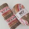 寒い日のヨガアイテム 編み物