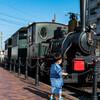 愛媛・松山の街を走る「坊っちゃん列車」に乗って、明治時代の空気を味わう!