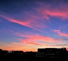 ★紅くて群青な夕暮れ
