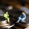 稼げるAさんは無借金で物欲抑え目VS収入少な目Bさんは家とクルマのローンで毎月赤字